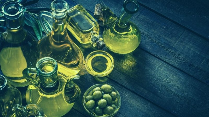 olive oil types and what to look for featured image
